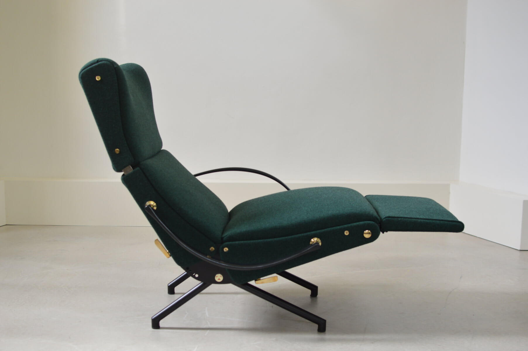 P40 Lounge chair