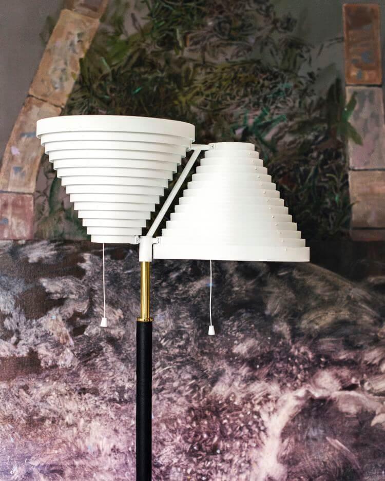 Alvar Aalto staande lamp A810