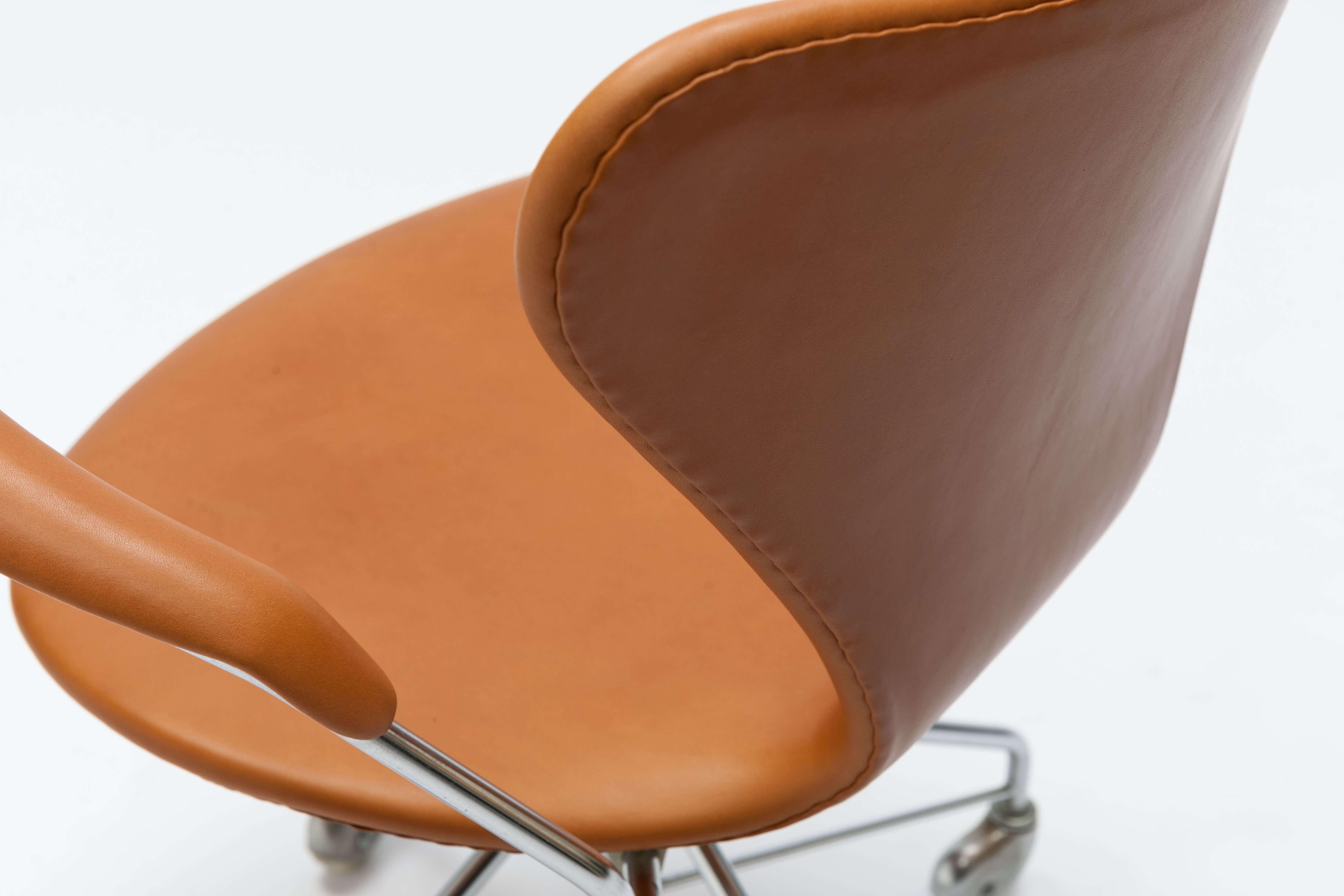 Vintage Arne Jacobsen Bureaustoel