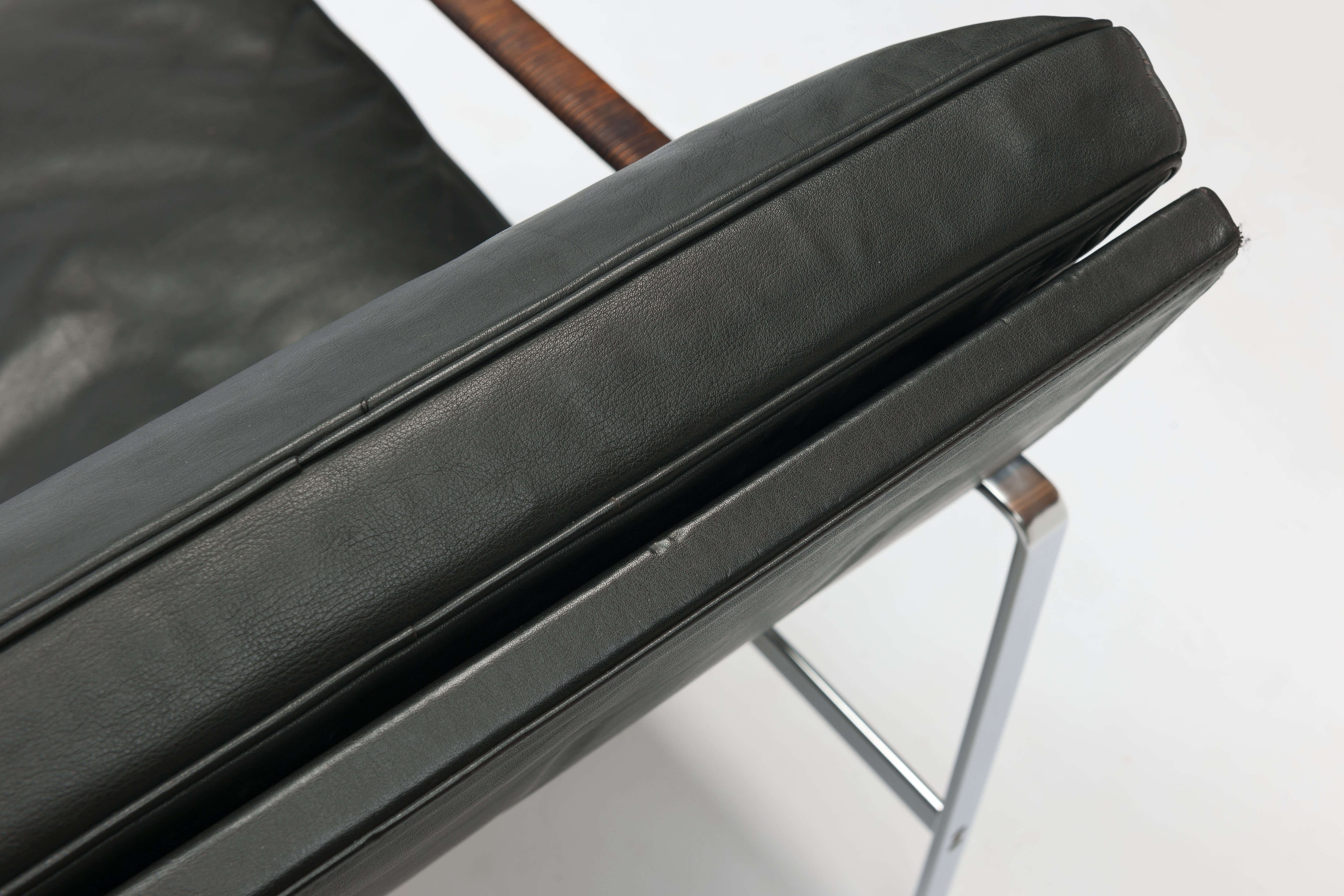 Vintage FK6720 Lounge Chair