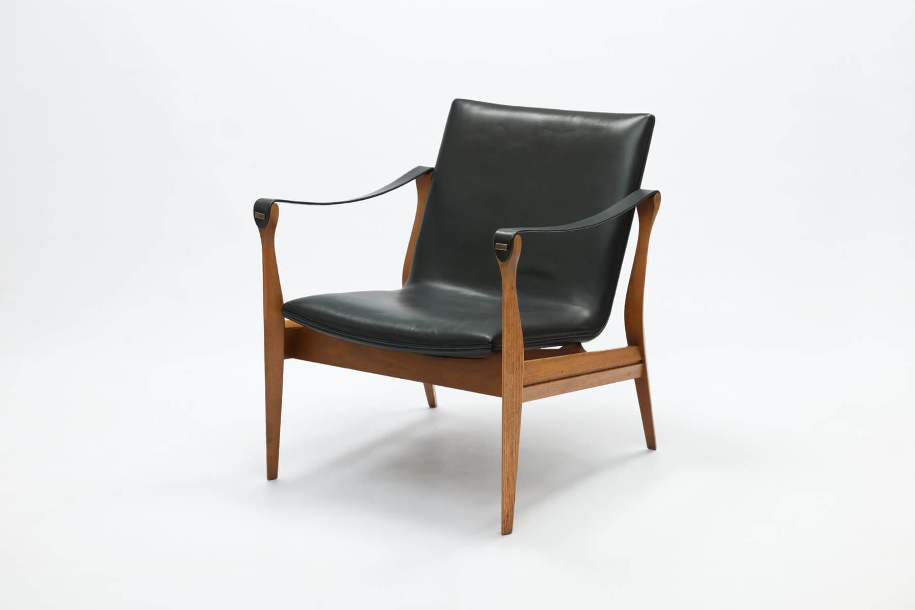 Vintage Safari Chair model 4305