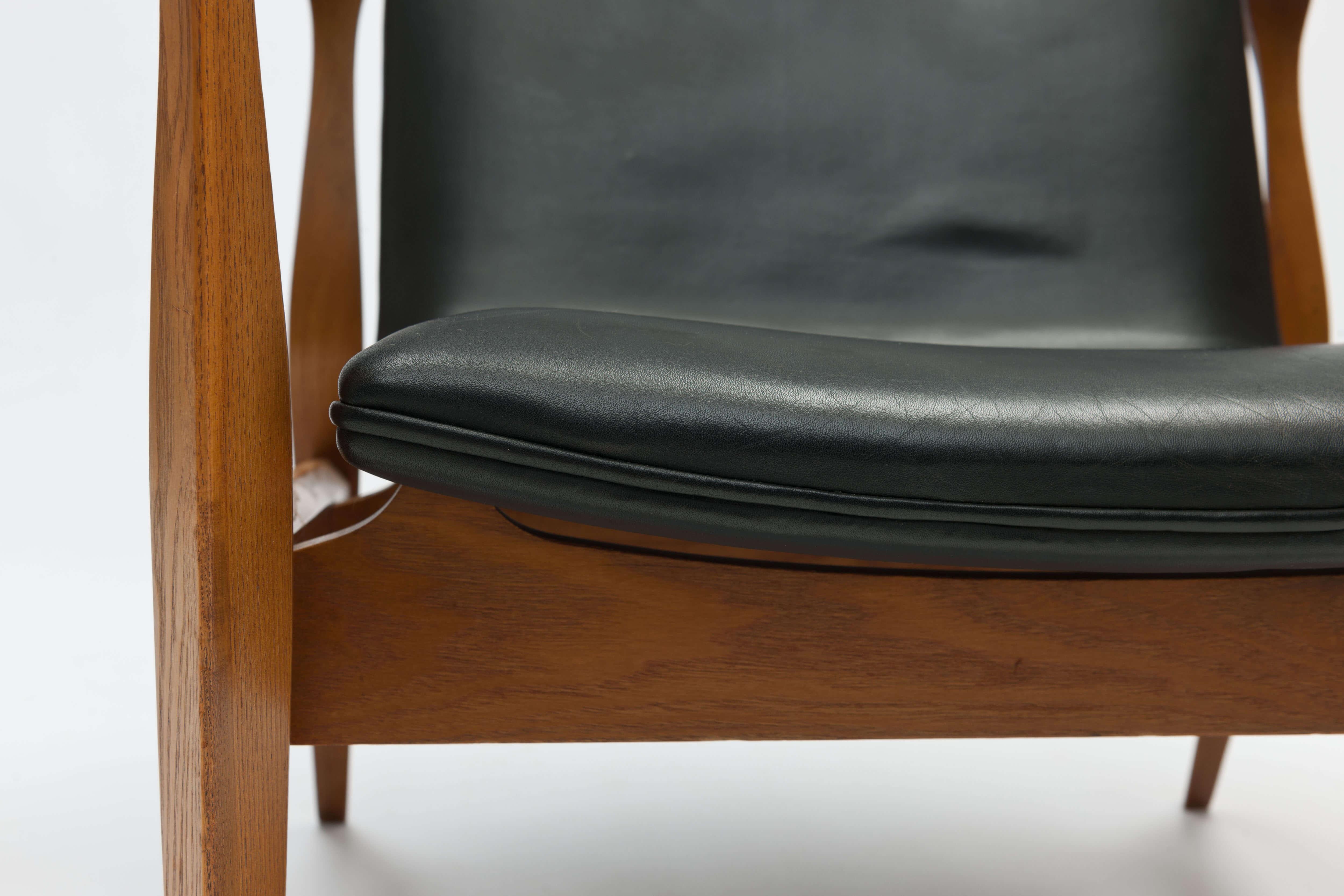 Vintage Safari Chair model 4305