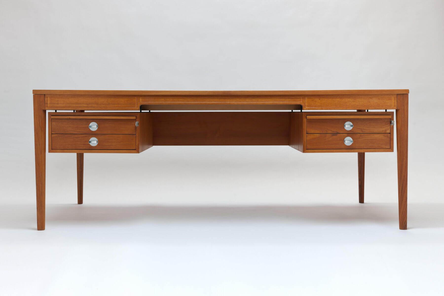 Vintage 'Diplomat' Desk