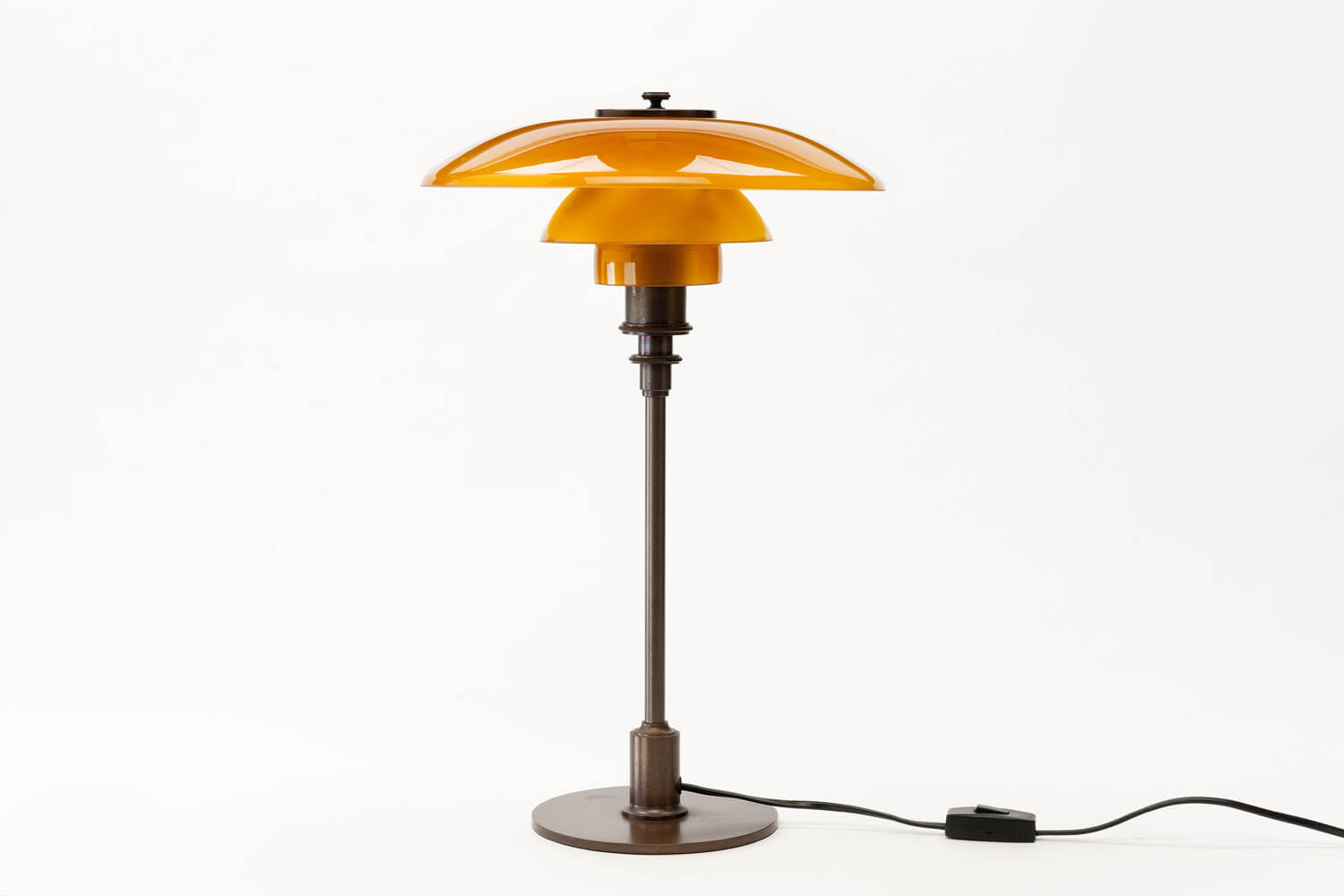 Vintage TrePH Table Lamp
