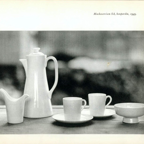 Vintage 'SA' Plain Bone China Mokka Servies