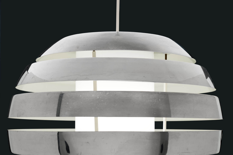 Vintage 'Le Monde' lamp