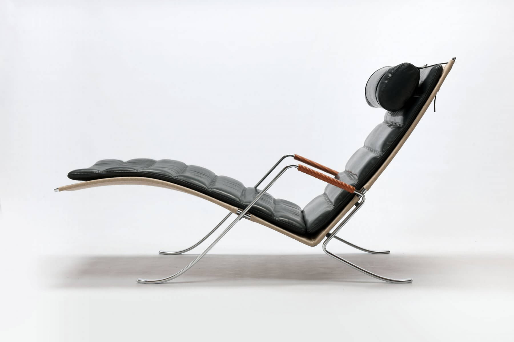 FK87 Grasshopper Lounge Chair