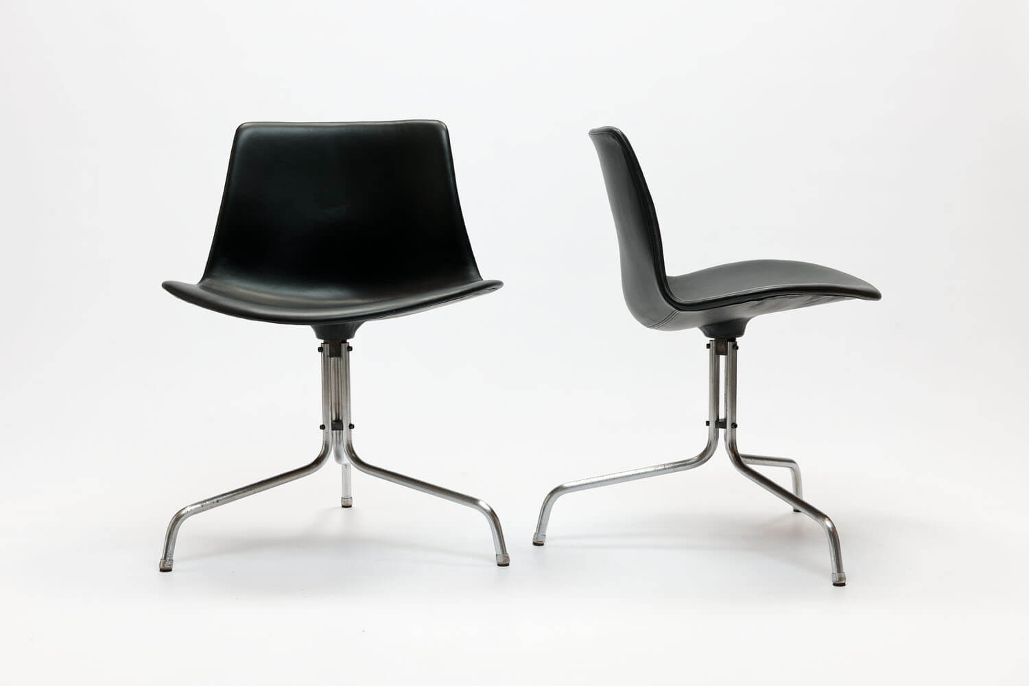 Vintage BO611 Chairs