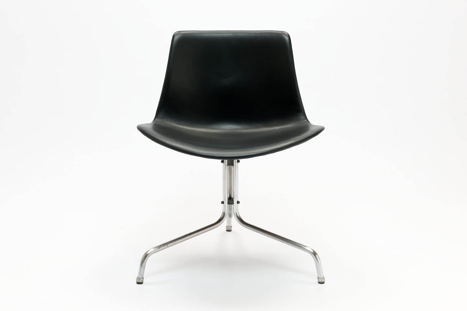 Vintage BO611 Chair