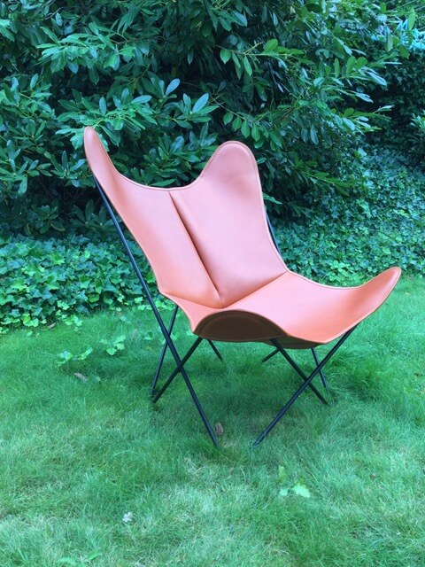 Butterfly Chair in Cognac Leather