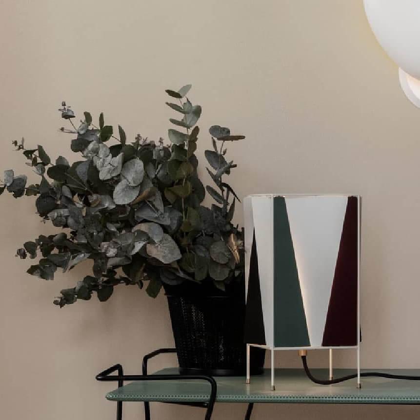 B4 Table Lamp – Green