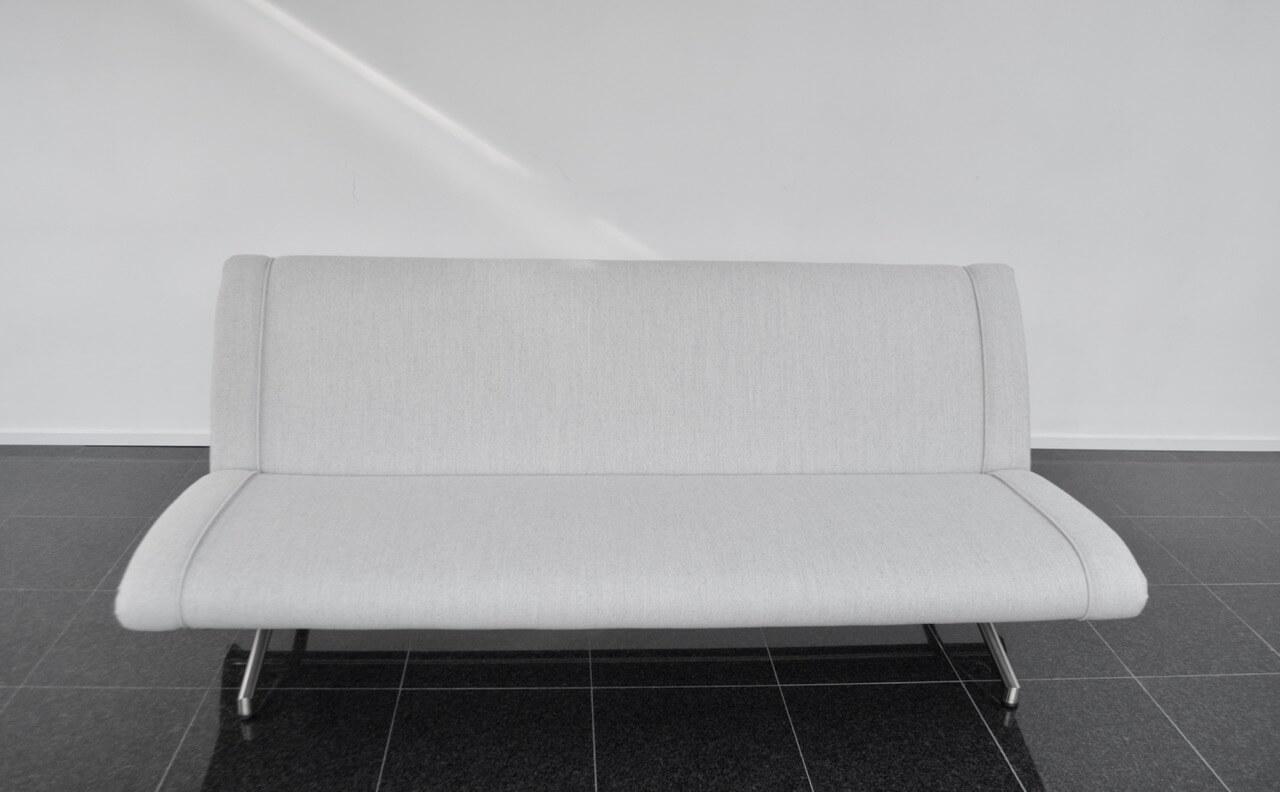 Vintage D70 Sofa / Daybed