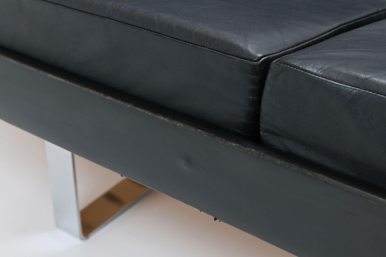 Vintage Sofa model 57