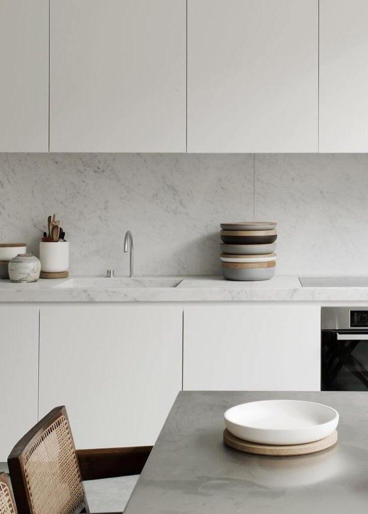 Eiken schaal met 1 cm Carrara marmer deksel
